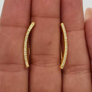 Goud vergulde oorklimmers gezet met Zirkonia