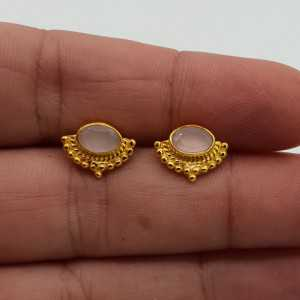 Gold-plated oorknoppen with the traverse oval-rose quartz