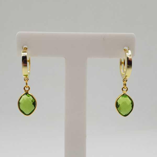 Goud vergulde creolen met Peridot groene quartz hanger