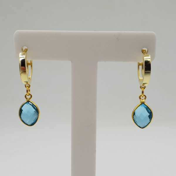 Goud vergulde creolen met blauw Topaas quartz hanger