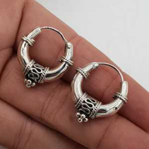 Creole earrings in silver machined 03
