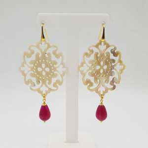 Drop earrings in buffalo horn and fuchsia pink, Jade,