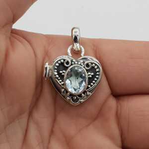 Zilveren locket hart hanger gezet met blauw Topaas