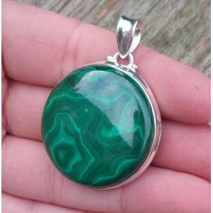 Silver pendant with large round Malachite