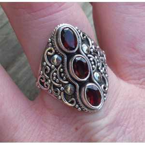 Silber ring set mit drei Facetten-Granaten 18,5 mm