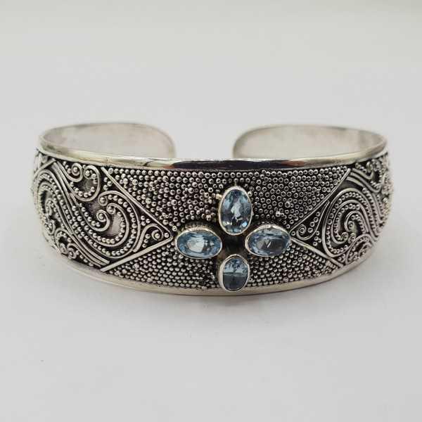 925 Sterling zilveren bangle met blauw Topazen