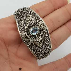 925 Sterling zilveren bangle gezet met blauw Topaas