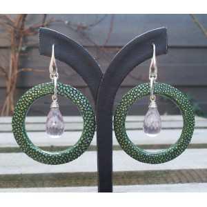 Zilveren oorbellen roze Amethist briolet en groen Roggenleer