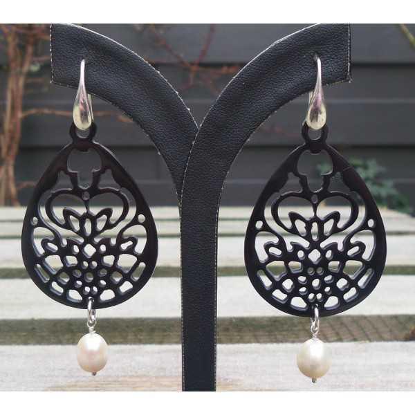 Ohrringe Silber schwarz geschnitzt Büffelhorn und Perlmutt