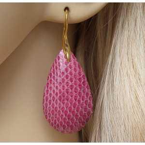 Vergoldete Ohrringe mit Tropfen pink aus Schlangenleder