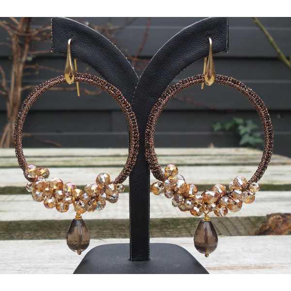 Vergulde oorbellen Smokey Topaas en hanger van zijdedraad en kristallen