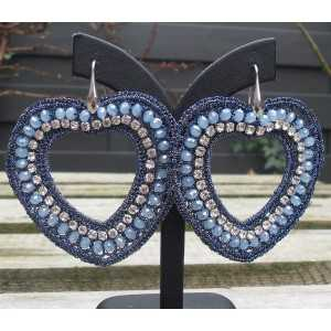 Ohrringe mit Herzen seidenen Faden und Kristallen