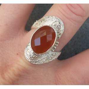 Zilveren ring gezet met ovale facet Carneool 19 mm