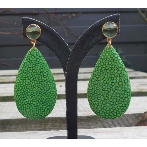 Vergulde oorbellen druppel van groen Roggenleer en groene Amethist