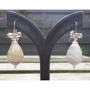 Zilveren oorbellen met Agaat briolet