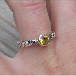 Zilveren ring gezet met ronde Citrien maat 17 mm