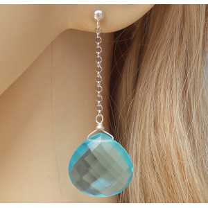 Zilveren lange oorbellen met grote blauwe Topaas briolet