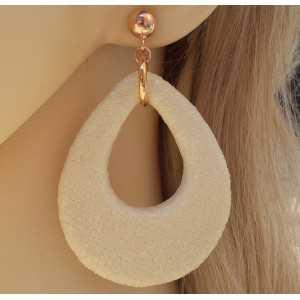 Rosé vergulde oorbellen met druppel van crème kleurige Roggenleer