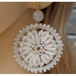 Vergulde oorbellen met Maansteen en ronde zijdedraad met kristallen hanger