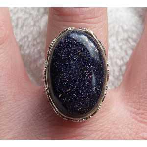 Zilveren ring met ovale blauwe Goudsteen bewerkte setting 18 mm