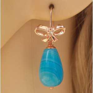Rosé vergulde oorbellen met blauwe Agaat briolet