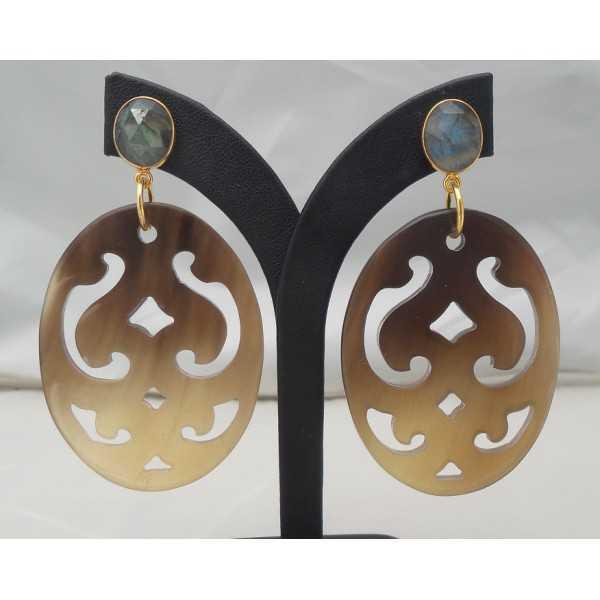 Vergoldete Ohrringe geschnitzt Büffelhorn und Labradorit
