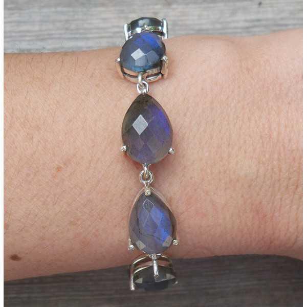 Silver bracelet set with teardrop faceted Labradorite