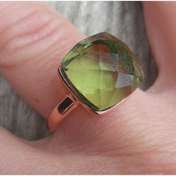 Rosé gold-plated ring set with green Amethyst