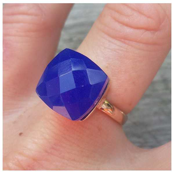 Rosé gold-plated ring set with blue Chalcedony