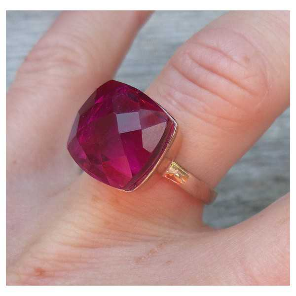 Rosé gold-plated ring set with pink Tourmaline and quartz