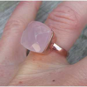Rosé gold-plated ring set with pink Chalcedony