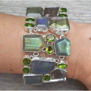 Silver bracelet set with faceted Labradorite and Peridot