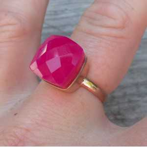 Rosé-gold-plated ring-set mit fuchsia rosa Chalcedon