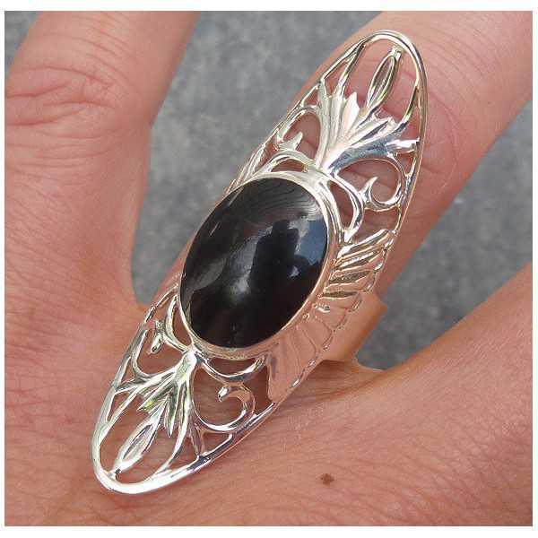 Silber ring mit ovalen Onyx und offen gearbeiteten Kopf 17.3