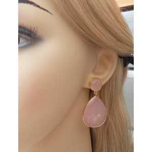Vergulde oorbellen met ronde en grote roze Chalcedoon briolet