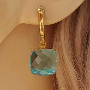 Goud vergulde oorbellen met vierkante blauwe Topaas