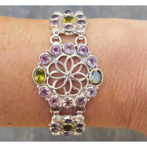 Silver bracelet set with facet cut Amethisten and Peridot