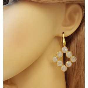 Vergulde oorbellen met ronde facet geslepen regenboog Maanstenen