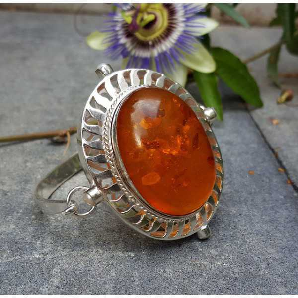 Silver bracelet set with large oval Amber and Pearl