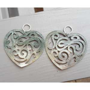 Pendant set with heart of blacklip shell