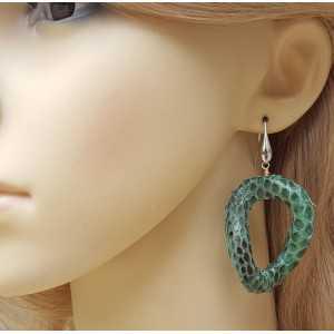 Silver earrings with wavy green snakeskin pendant