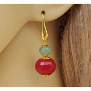 Vergulde oorbellen met Robijn rode Jade en Aventurijn