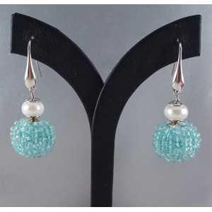 Zilveren oorbellen met bol van Aquamarijn en Parel
