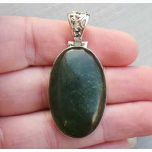 Zilveren hanger met ovale Jade