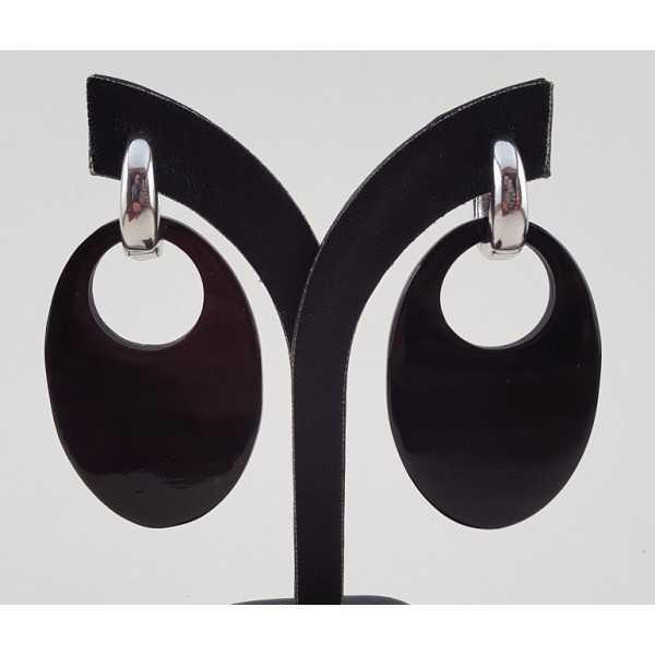 Creolen met ovale zwarte Buffelhoorn hanger