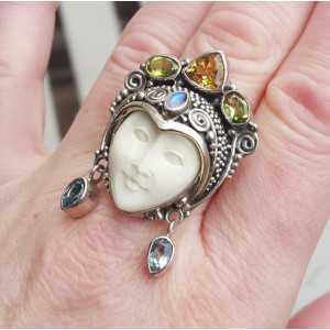 Zilveren ring met gezicht, Granaat, Peridot en Citrien 18 of 19 mm