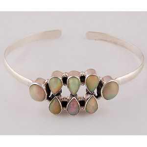 Zilveren armband gezet met Ethiopische Opalen
