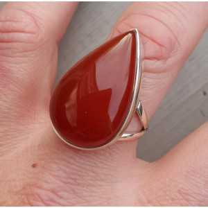 Zilveren ring gezet met druppelvormige Carneool 19.3 mm