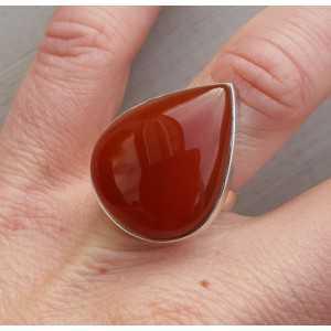 Zilveren ring gezet met brede druppelvormige Carneool 16 mm
