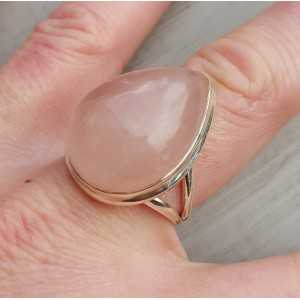 Zilveren ring met brede druppelvormige cabochon Rozenkwarts 19 mm